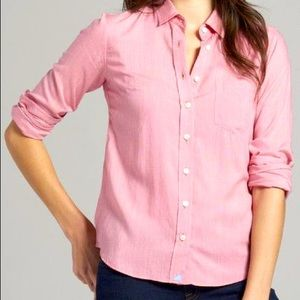 Abercrombie and Fitch light pink button up top xs